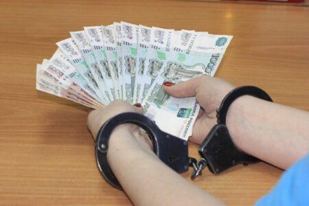 Замначальника Автозаводского ДУКа задержан за откат в 170 тысяч рублей