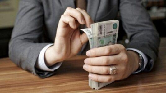 Начальника отдела АО «Судостроительный завод «Волга» подозревают в коммерческом подкупе