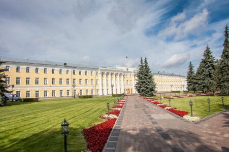 На выборы в Законодательное собрание Нижегородской области зарегистрировано 325 кандидатов