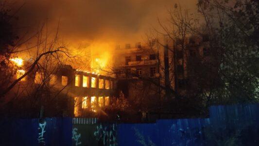 «Дом чекиста» горел в Нижнем Новгороде ранним утром 20 октября